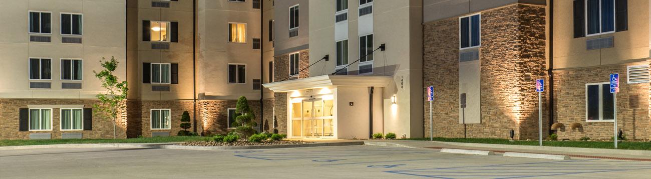 Hotel Architectural Design with Handicap Parking