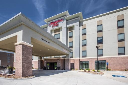 hampton inn hotel design